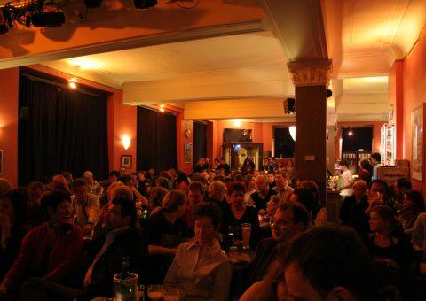 Show im Comedyclub Berlin